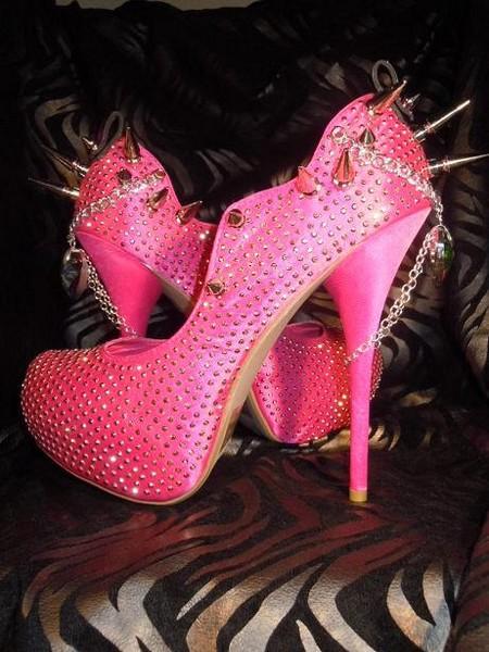 Причудливая обувь - Страница 2 199216_451696