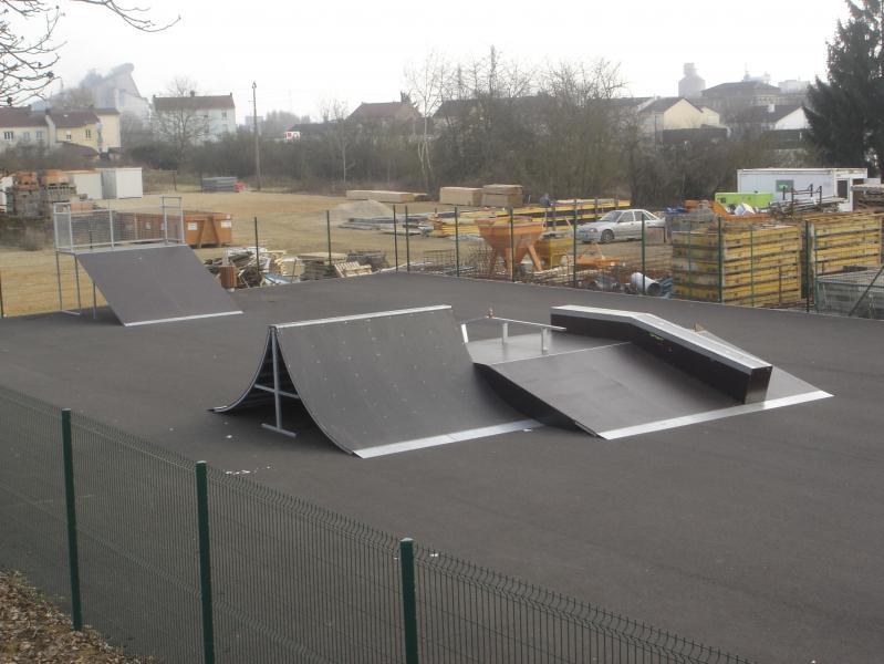 Photo de votre skate-park - Page 3 03-02-08_DSC07790