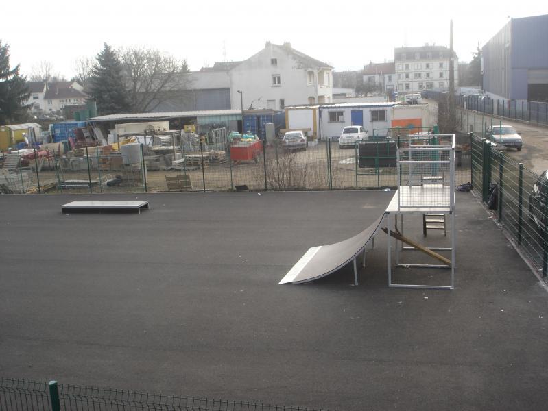 Photo de votre skate-park - Page 3 03-02-08_DSC07791