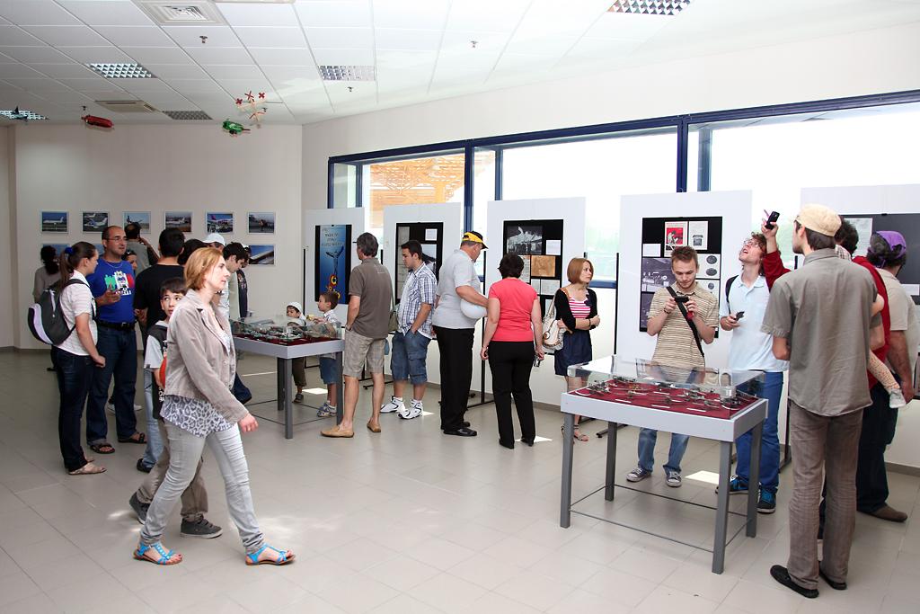 Cluj Napoca Airshow - 5 mai 2012 - Poze - Pagina 2 32