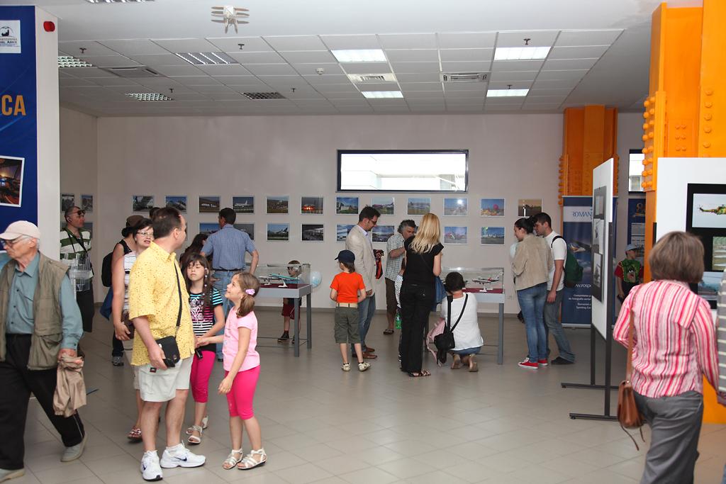 Cluj Napoca Airshow - 5 mai 2012 - Poze - Pagina 2 33