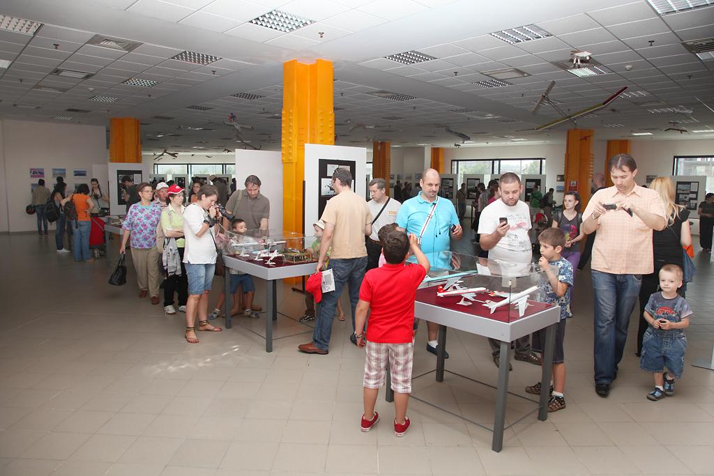 Cluj Napoca Airshow - 5 mai 2012 - Poze - Pagina 2 34