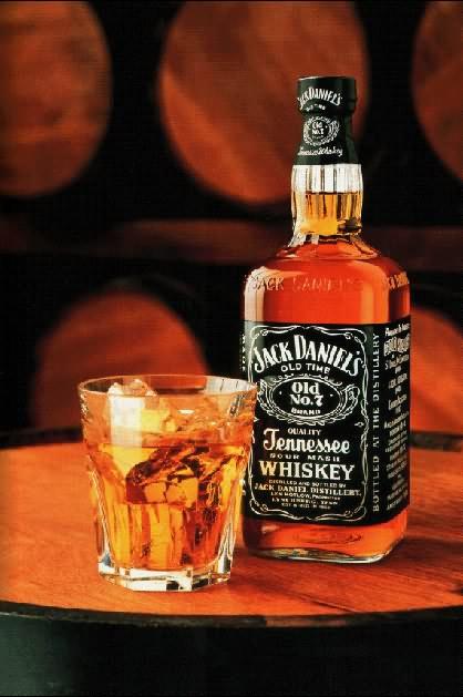 >> La Locanda << - Pagina 4 Jack_Daniels_Whiskey