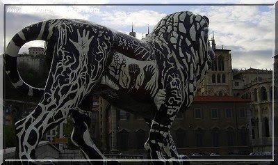 Photos : Des ours et des lions dans les rues de Lyon ! Biennale%20des%20lions%20quai%20de%20saone