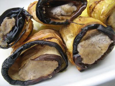 Fried Eggplant Rolls (au romarin!!!) IMG_7117
