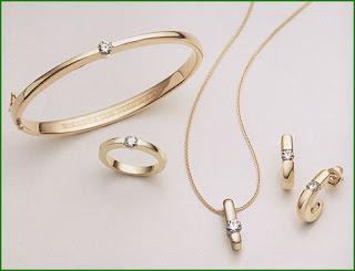 مجوهرات رقة ونعومة Hof_classics_range1
