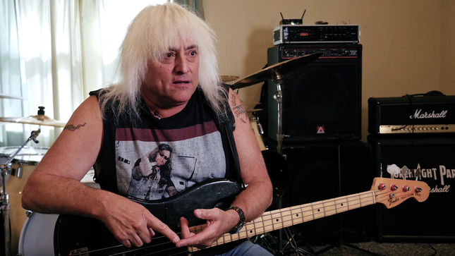 HOLA SOY EXTRATERRESTRE, ME ENSEÑAS ? 59F244C1-former-w-a-s-p-bassist-johnny-rod-its-the-blackie-lawless-show-now-its-not-w-a-s-p-anymore-video-image
