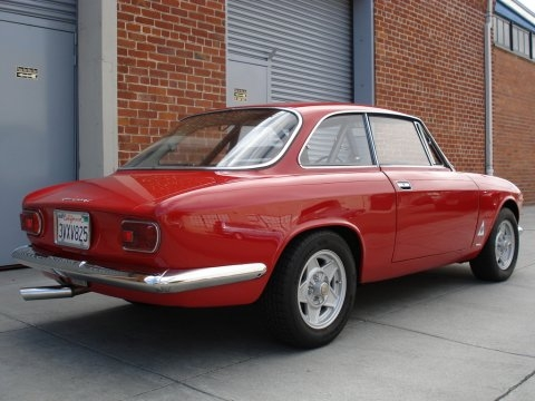 C'est quoi cette Voiture ? 1966_Alfa_Romeo_Giulia_Sprint_GT_Veloce_Coupe_Rear_1