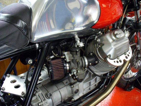 GRiSO Head Protectors 1975_Moto_Guzzi_Motor_resize