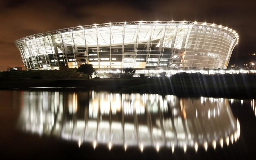 Photos of the 2010 World Cup stadiums New-stadium1