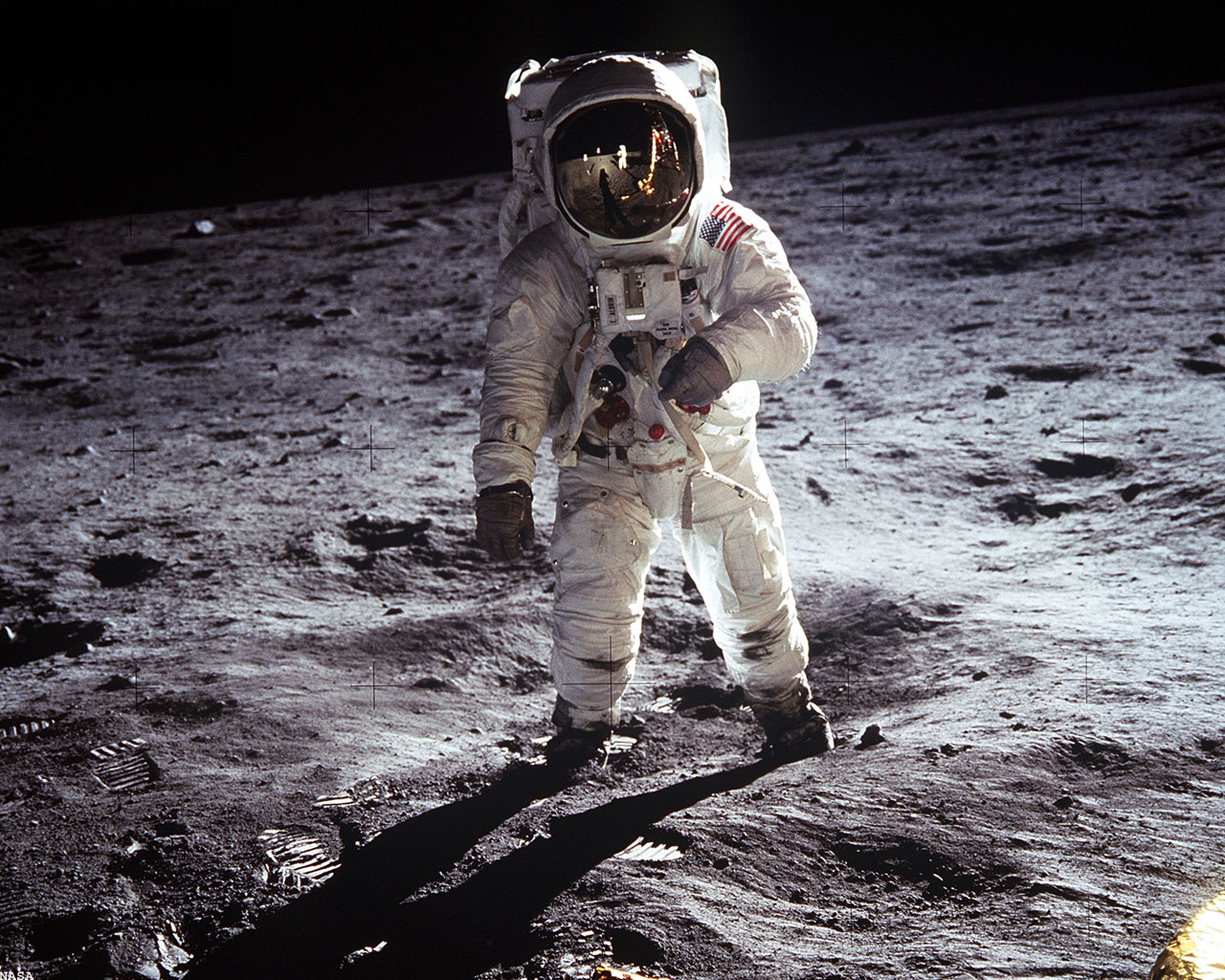 A salute to the moon mission Apollo-11