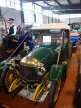 Exposition  Auto Rétro Ponot 05-Mai-2013 DSC01005_thumb