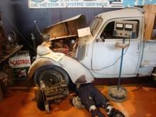 Exposition  Auto Rétro Ponot 05-Mai-2013 DSC01029_thumb