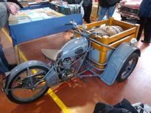 Exposition  Auto Rétro Ponot 05-Mai-2013 DSC01086_thumb