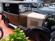 Exposition  Auto Rétro Ponot 05-Mai-2013 DSC01106_thumb
