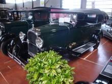 Exposition  Auto Rétro Ponot 05-Mai-2013 DSC01108_thumb