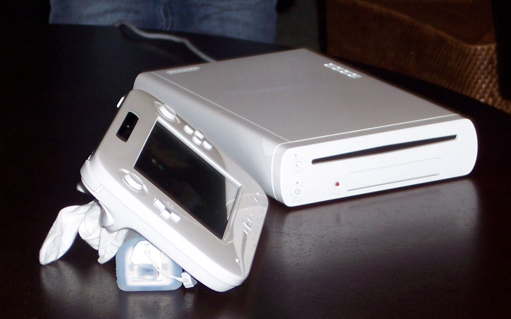 """Wii U hardware """"changing constantly""""claims Team Ninja Wii-u-console-front"""
