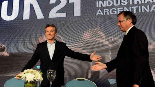 Mauricio Macri anunció la eliminación de las retenciones a la exportación industrial y el Campo Mauricio-macri-presidente-2129636w620