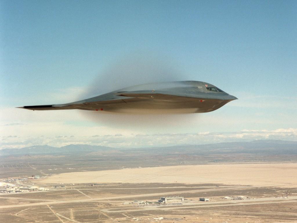 اسرع 50 طائرة في العالم B2-0