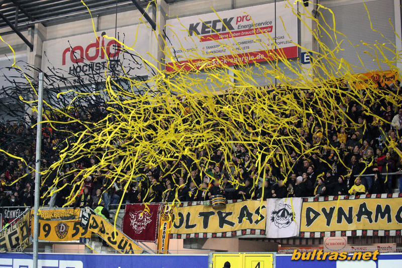 Dynamo Dresden - Pagina 3 121123_Paderborn-SGD_SPIEL_069