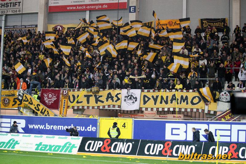 Dynamo Dresden - Pagina 3 121123_Paderborn-SGD_SPIEL_103