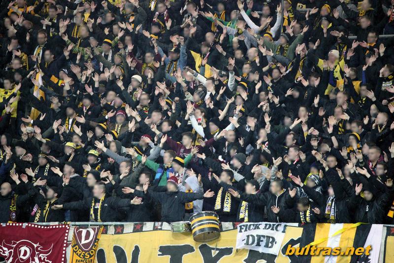 Dynamo Dresden - Pagina 3 121123_Paderborn-SGD_SPIEL_223
