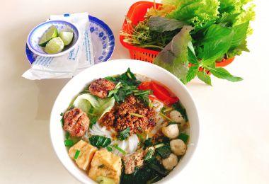 Quán ăn, ẩm thực: Quán Bún Chả Ngon Quận Bình Thạnh Bun-rieu-cua-cha-moc1544171639
