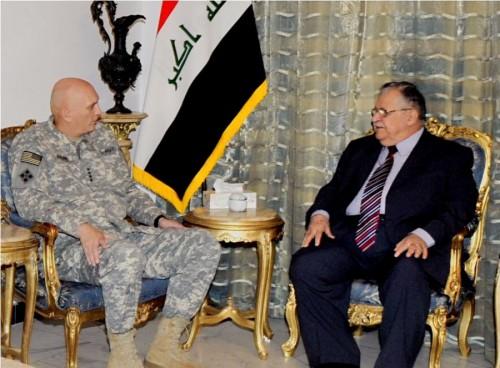 رئيس هيئة الأركان في الجيش الأمريكي  يقترح تقسيم العراق  1279525703