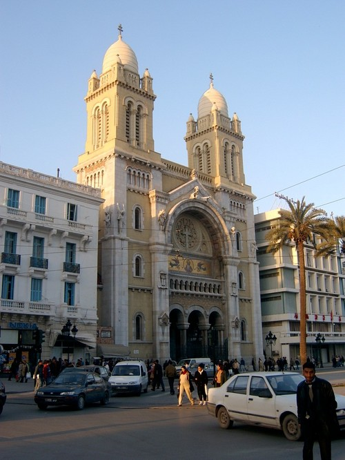 TUNIS Tunis-cathedrale