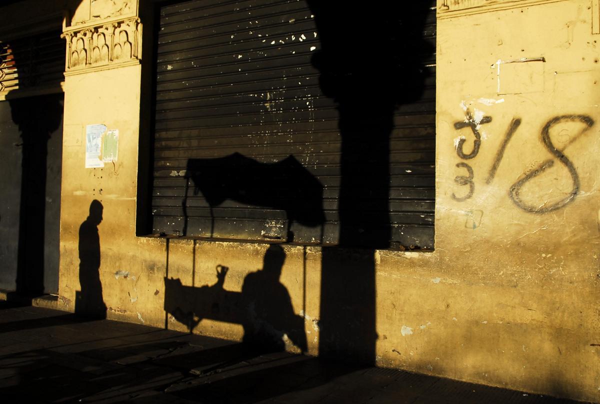 Những bức ảnh đơn sắc 2012-11-17T182758Z_01_CDG02_RTRMDNP_3_EL-SALVADOR
