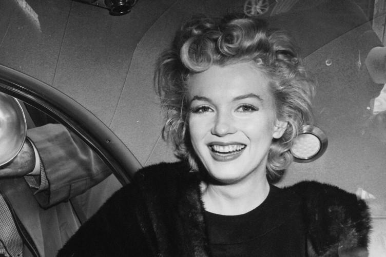 Merilin Monro - Page 5 Marilyn-monroe-3-752x501