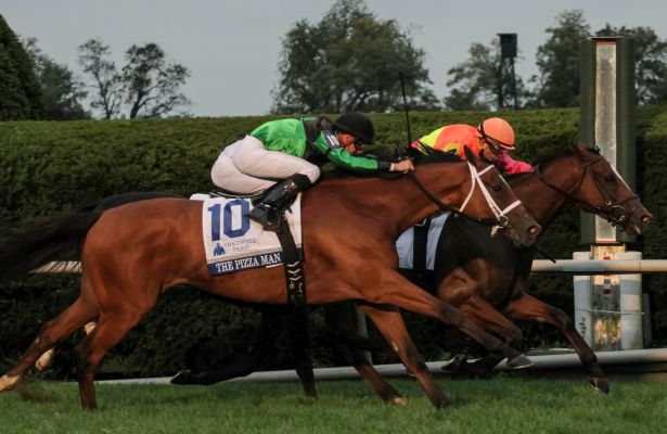Route de la Breeders' Cup 2015 - Page 3 Grand_Arch_Shadwell_Turf_Mile_615_X_400_Mary_orig