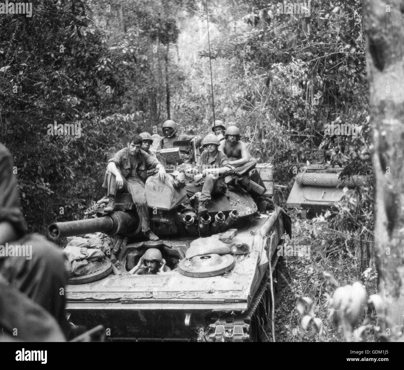 Vietnam War 1954-1975 Troops-from-the-25th-inf-div-on-a-sweep-through-the-cambodian-jungle-GDM1J5