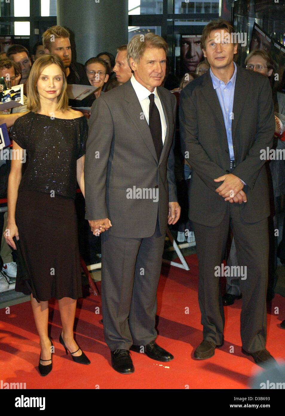 ¿Cuánto mide Harrison Ford? - Altura - Real height Dpa-hollywood-star-harrison-ford-m-arrives-with-his-girlfriend-calista-D3B693