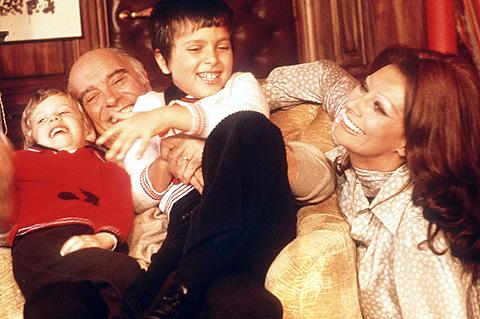 Velika ljubav: Sophia Loren i Carlo Ponti Family2--a