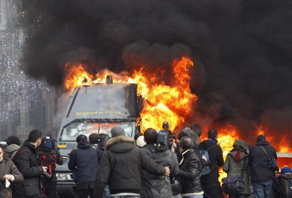 Révolte (Tunisie, Egypte & co) - Page 3 Article_Rome