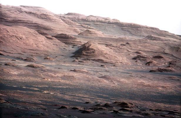 Des traces d'un ancien cours d'eau découvertes sur Mars Article_mars-hq