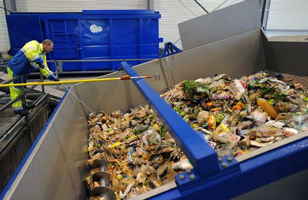 Une vraie honte: En finir avec le gaspillage alimentaire ! .... Article_poubelle