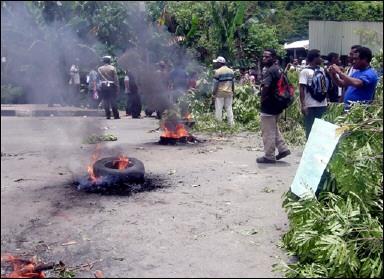 En Papouasie Nouvelle-Guinée, on continue de brûler les sorcières SGE.AFA13.170306082735.photo00