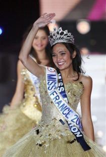 [Concours de Beauté] Miss France  Article_CPS.HSR42.091207002350.photo00.photo.default-349x512