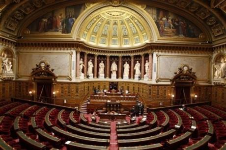 République bananière - les institutions Article_photo_1213172341599-1-0