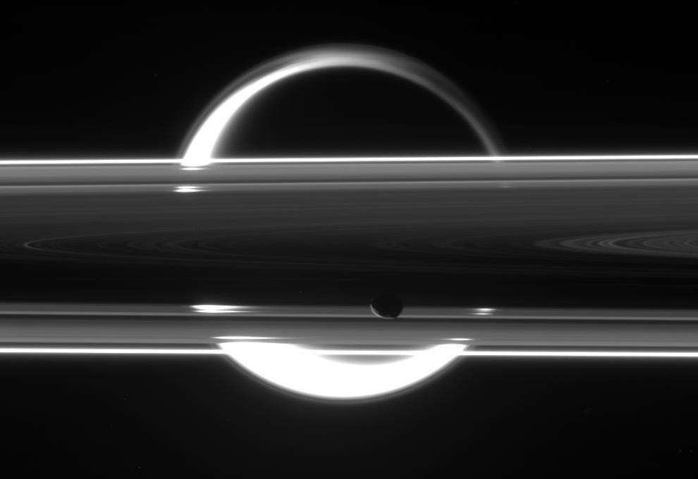 Cassini - Mission primaire (2004-2008) - Page 3 Cassini4