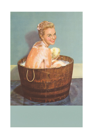 PIN-UP - Página 2 Soapy-blonde-in-barrel-tub
