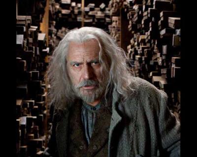Ολιβάντερ ή Γρεγκόροβιτς? Harry-potter-and-the-deathly-hallows-part-1-gregorovitch-photo