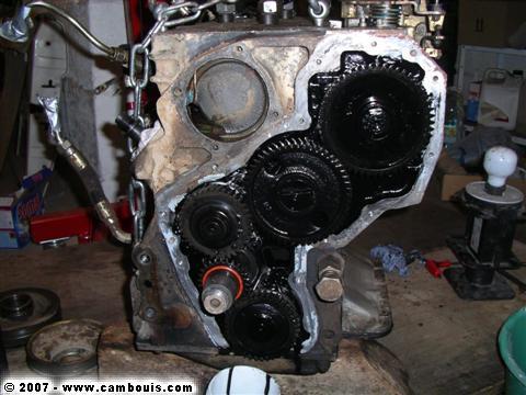 bruit de crécelle et arrêt moteur - Page 4 IMGP2230