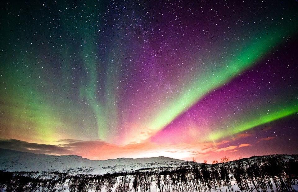 Роскошные пейзажи Норвегии 24aurora-at-dawn