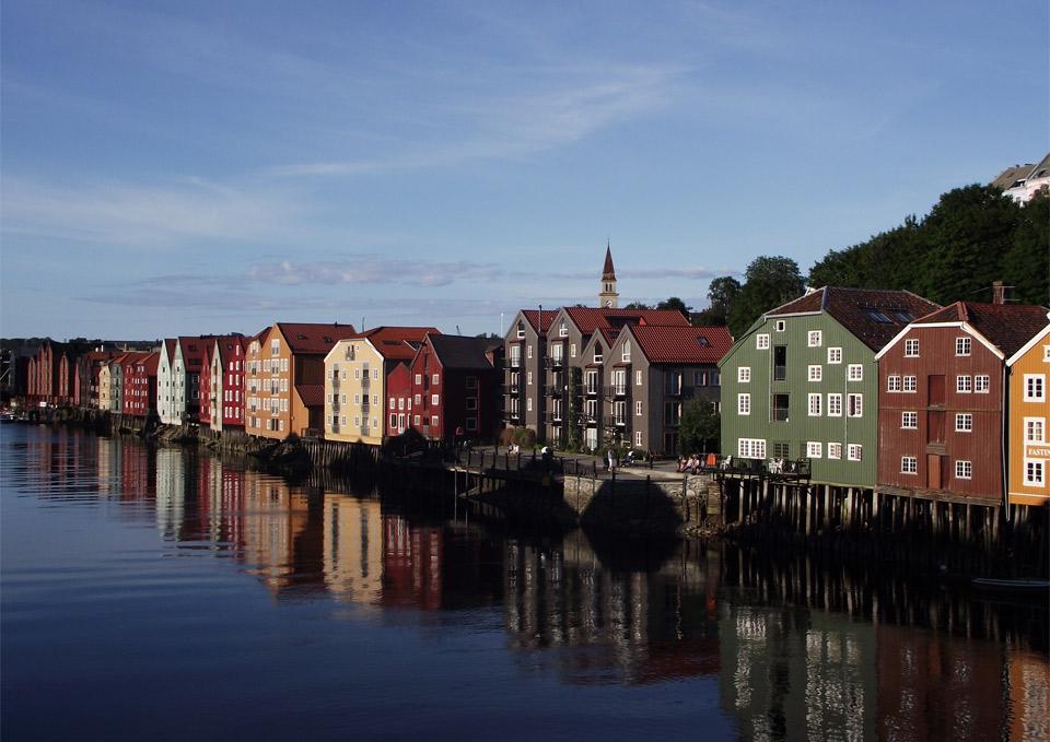 Роскошные пейзажи Норвегии - Страница 2 26beautifu-trondheim-norway