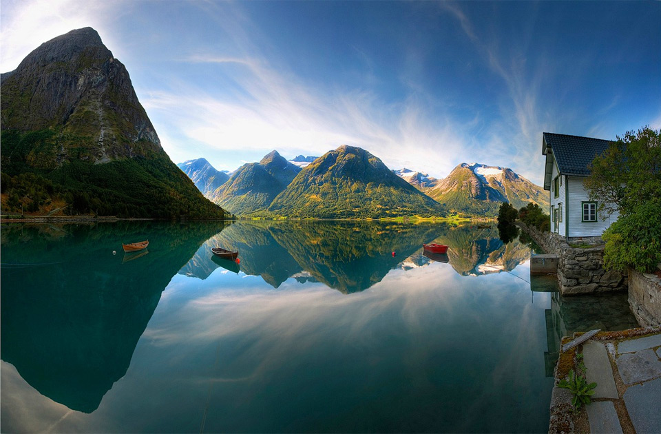 Роскошные пейзажи Норвегии - Страница 2 28beautiful-lake-in-norway