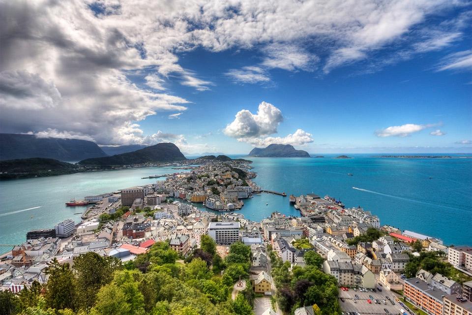 Роскошные пейзажи Норвегии 8aalesund-norway