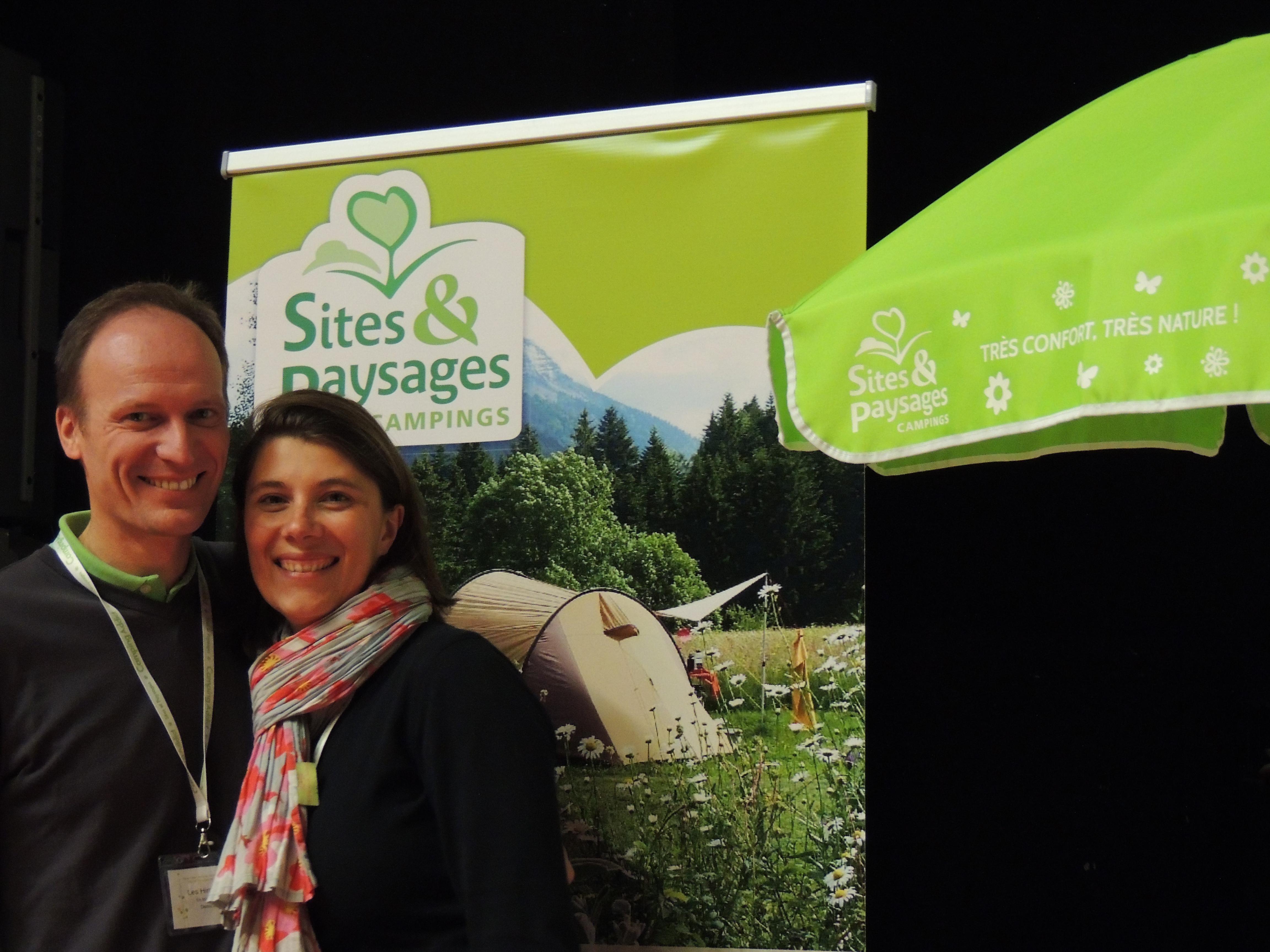 Sandra et Denis du Camping Sites et Paysages Les Hirondelles à Loupiac